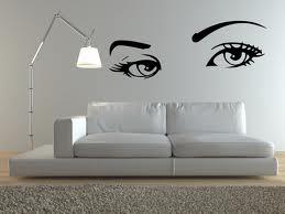 Phòng khách mới lạ với decal dán tường