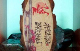 Decal chuyển nhiệt ảnh trên gỗ